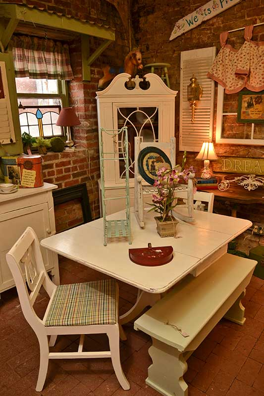 somewhere in time Antiques Dallas Ga 0434x533